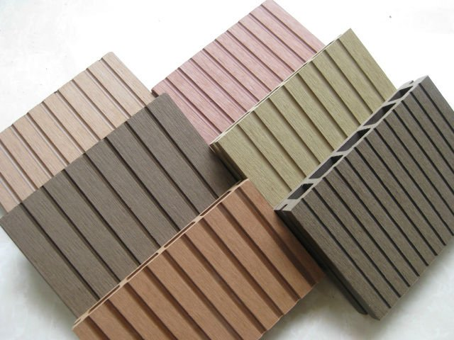 Anti uv anti slip wpc board wood plastic composite for Plastic composite decking