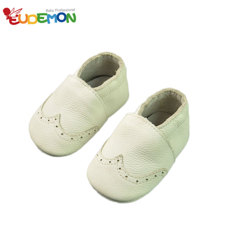 Soft baby shoes Genuine Leature Toddler First Walkers Infant baby boy shoes Soft Cute baby girl shoes White baby moccasins(China (Mainland))
