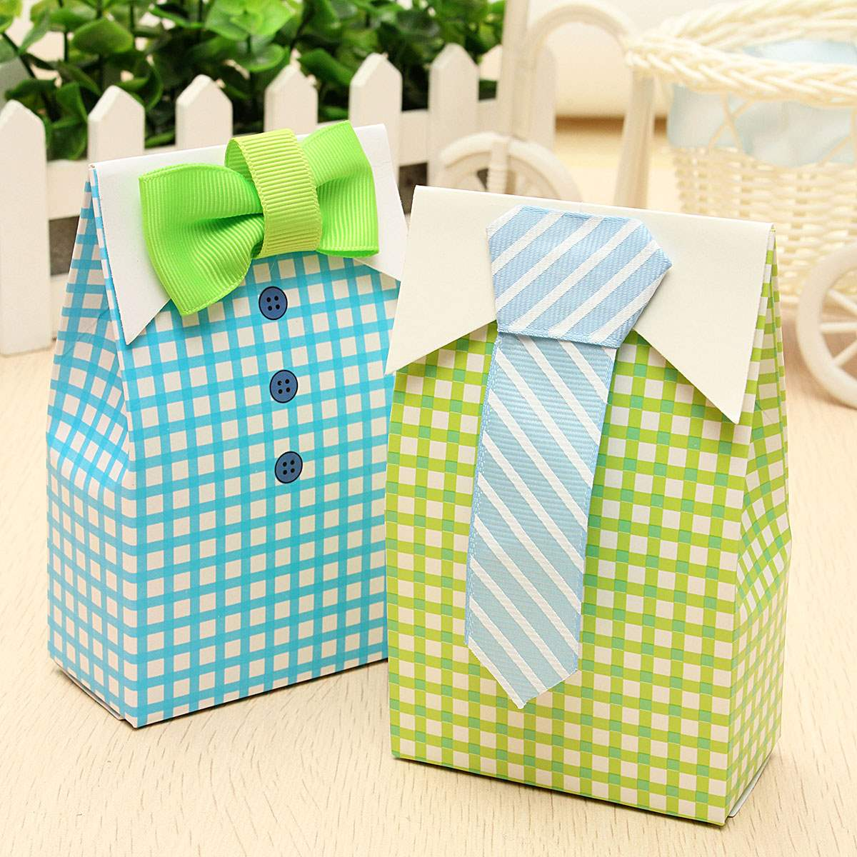 50Pcs Baby Shower Crafts Bow Tie Candy Paper Box Cute Treat Bag Wedding Party Gift Bags Festive Events Supplies Birthday Favor(China (Mainland))