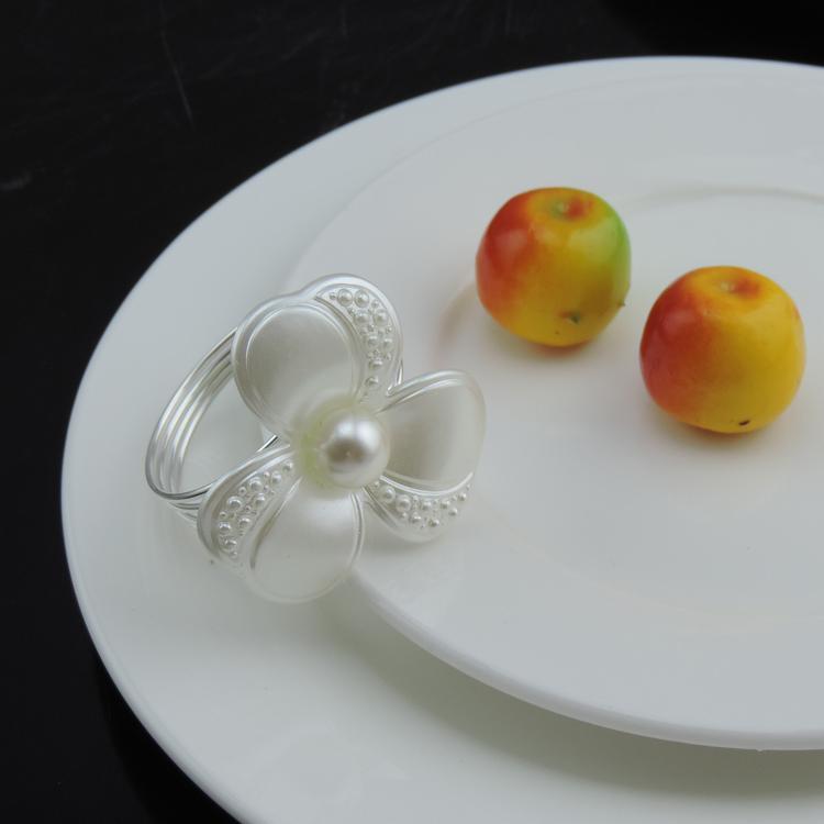 Tangpan 12Pcs Napkin Ring Pearl Napkin Rings for Weddings Pearl Napkin Rings shiny