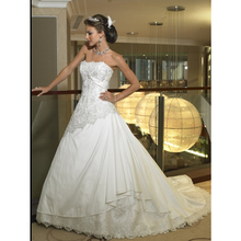 Vintage Strapless Wedding Dresses Lace layer Beaded Court Train Factory Custom Make High Quality(China (Mainland))