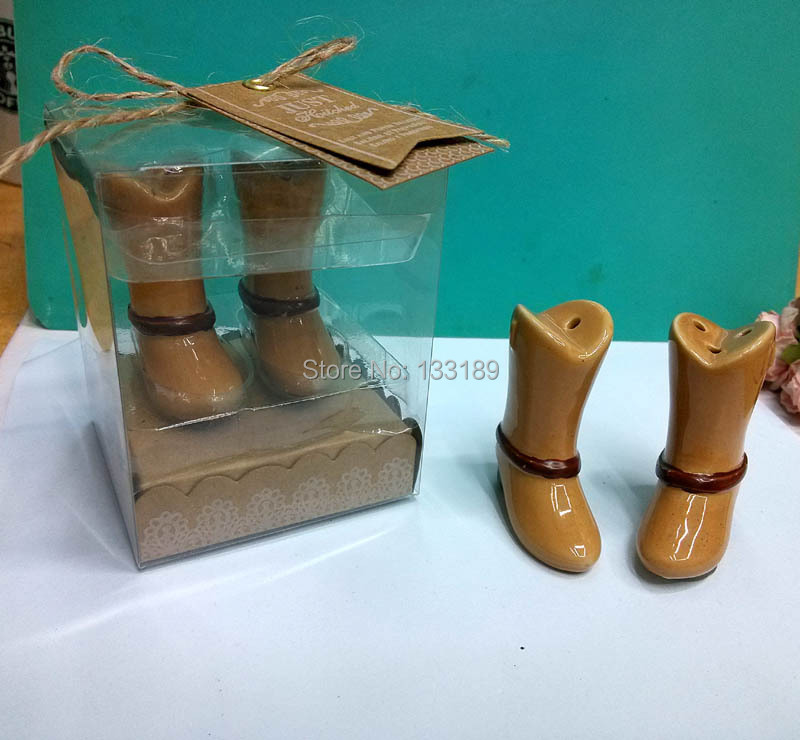 New!! 200pcs(100sets)/Lot Just Hitched Ceramic Cowboy Boot Salt and Pepper Shakers Favors Wedding Gifts for Guest(China (Mainland))