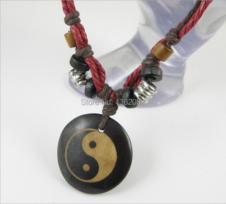 Men Tribal style Cow bone carved Necklace Taoist Tai Chi Yin Yang Pendant Necklace Amulet Round Pendant Wood bead necklace MN07(China (Mainland))