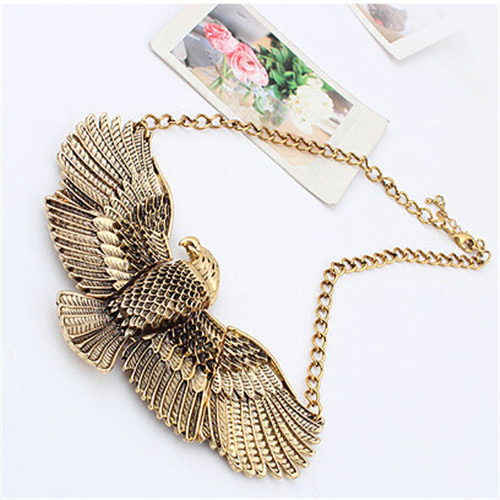 Free shipping+No minimum spending&Eagle wings pendants exaggerated retro palace alloy necklace short statement chain necklace(China (Mainland))