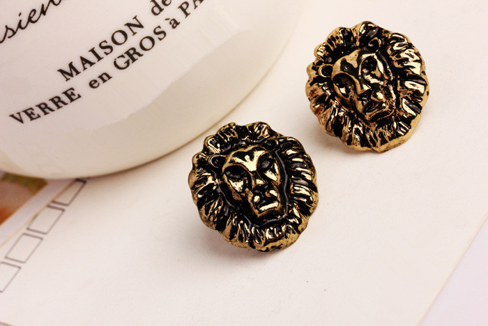 Simple Metal Texture Lion Earrings Studs Earrings Retro New Fashion Jewelry Accessories Pierced Ears Protection Wholesale Price(China (Mainland))