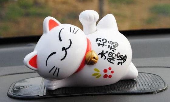 1pc Money cat Sleep lazy cat Solar energy Car decoration sb-048(China (Mainland))