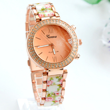 2015 The new high grade steel watches Fashion flowers female gold watch Various colors diamond luxury