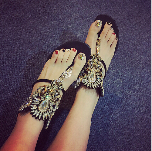 2016 New summer rhinestone crystal sandals sexy thong woman fashion rhinestons gladiator flat sandals black suede sexy sandal(China (Mainland))
