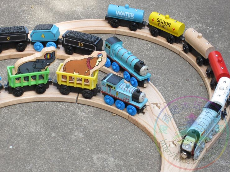 Free shipping Thomas Friends Children Earlier Educational Small Trains Track Wooden Toy Mixed Order Retail wholesale(China (Mainland))