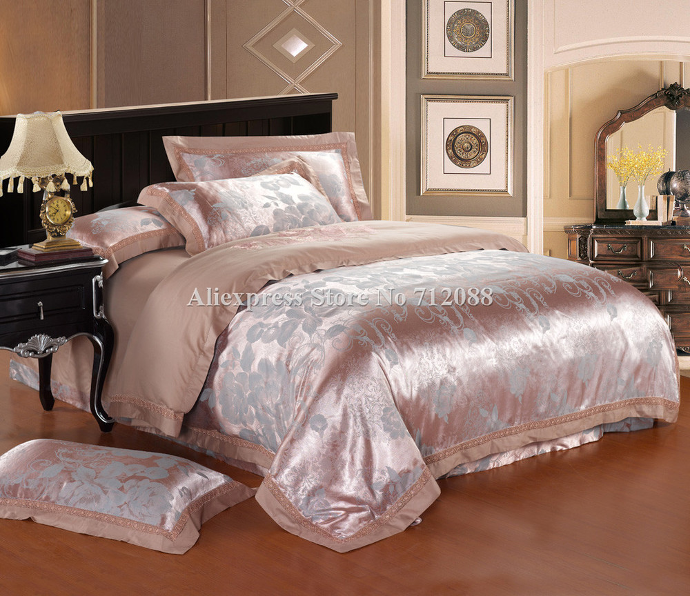 hot sell bedlinens 4pcs queen/king sateen luxurious Jacquard romantic camel europe embroidered quilt/duvet covers bedding sets(China (Mainland))