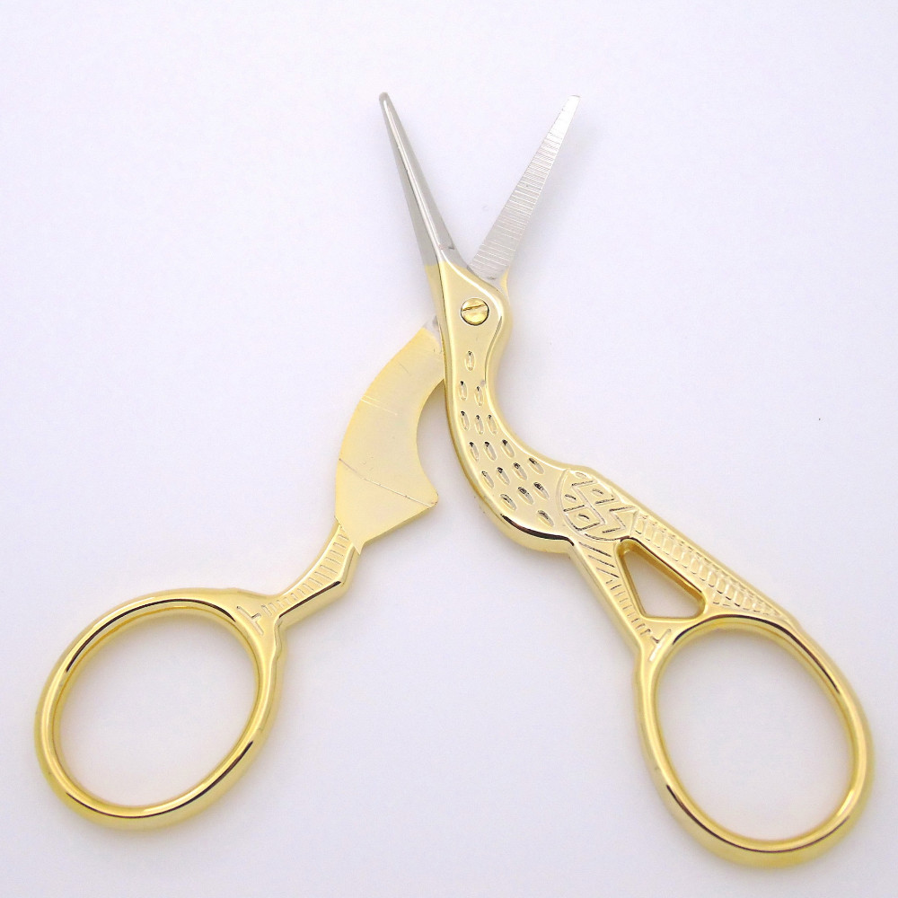 http://pl.aliexpress.com/item/hot-1pc-Retro-classic-Gold-Stork-Sewing-Scissors-Trimming-Craft-Gold-Sewing-Crane-Tailor-scissor-handicraft/32688380553.html?spm=2114.010208.3.1.soplXt&ws_ab_test=searchweb201556_7,searchweb201602_4_10037_10017_405_507_10032,searchweb201603_10&btsid=0bb0a088-9438-4b60-ab39-d1efd90620e4