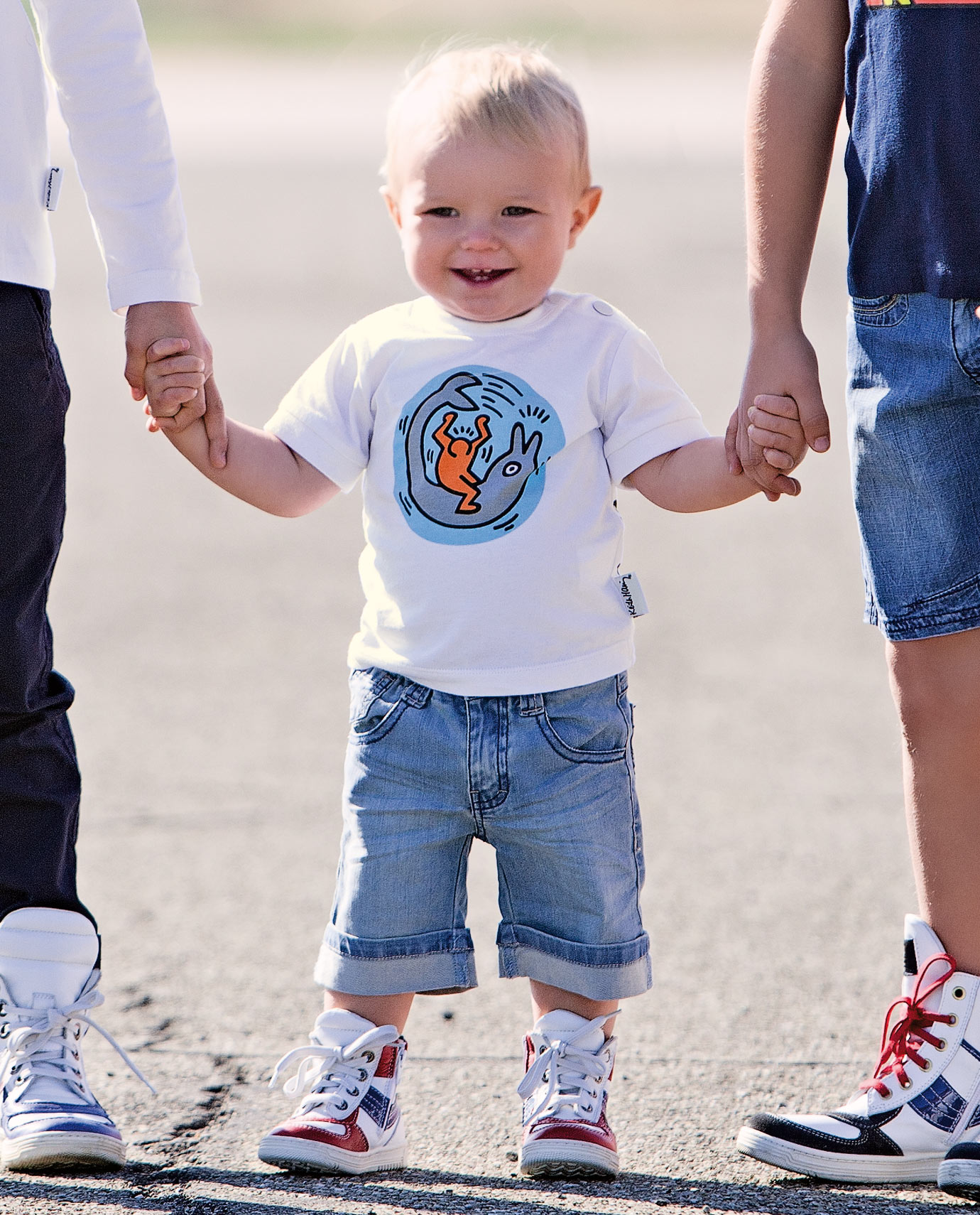 2013 Newest Spring Kids Clothes Set Baby Boys Clothes Suit Free Shipping baby cartoon white o-neck top pocket cool denim sets<br><br>Aliexpress