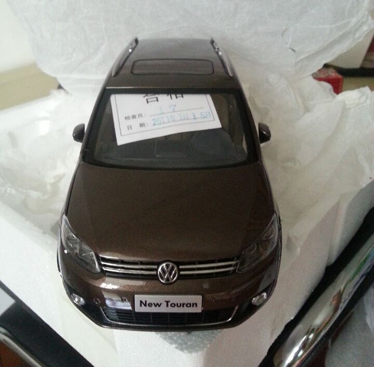 *Brown 1:18 Volkswagen VW Touran 2011 Diecast Model Car Classical MPV Collection Off Road Commercial Vehicle(China (Mainland))