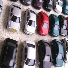 100 pcs HO Scale 1:100 Model Cars  well painted Model Cars a little smaller but fit HO layouts(China (Mainland))
