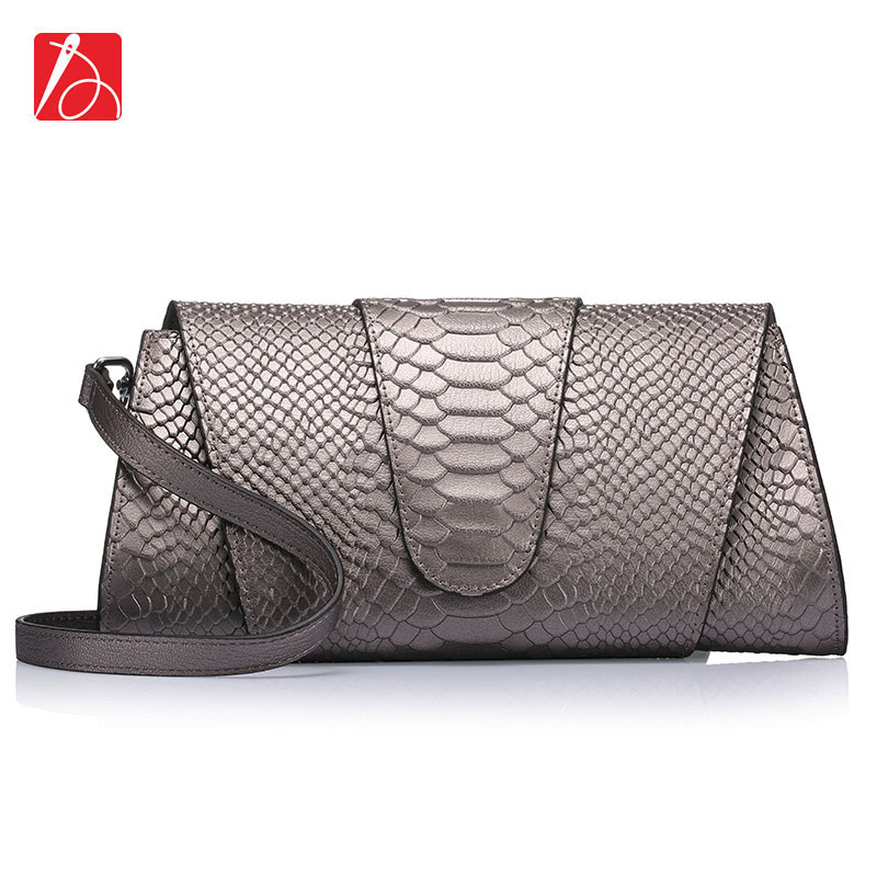 Brand Logo ! New Snake Pattern Messenger Bags Genuine Leather Serpentine Day clutch Shoulder Crossbody Ladies Evening Party Bag(China (Mainland))