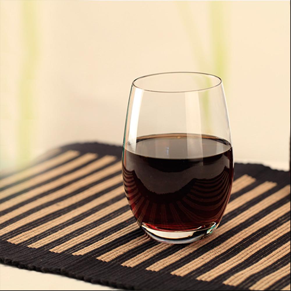 Resultado de imagen para vino tinto pequeño vaso