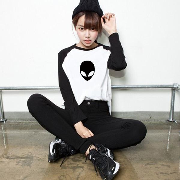 Cute Alien Black White Long Raglan Sleeve Womens Spring Casual T-shirt Fashion Girls Vogue S - XXXL Streetwear Tee Tshirt store