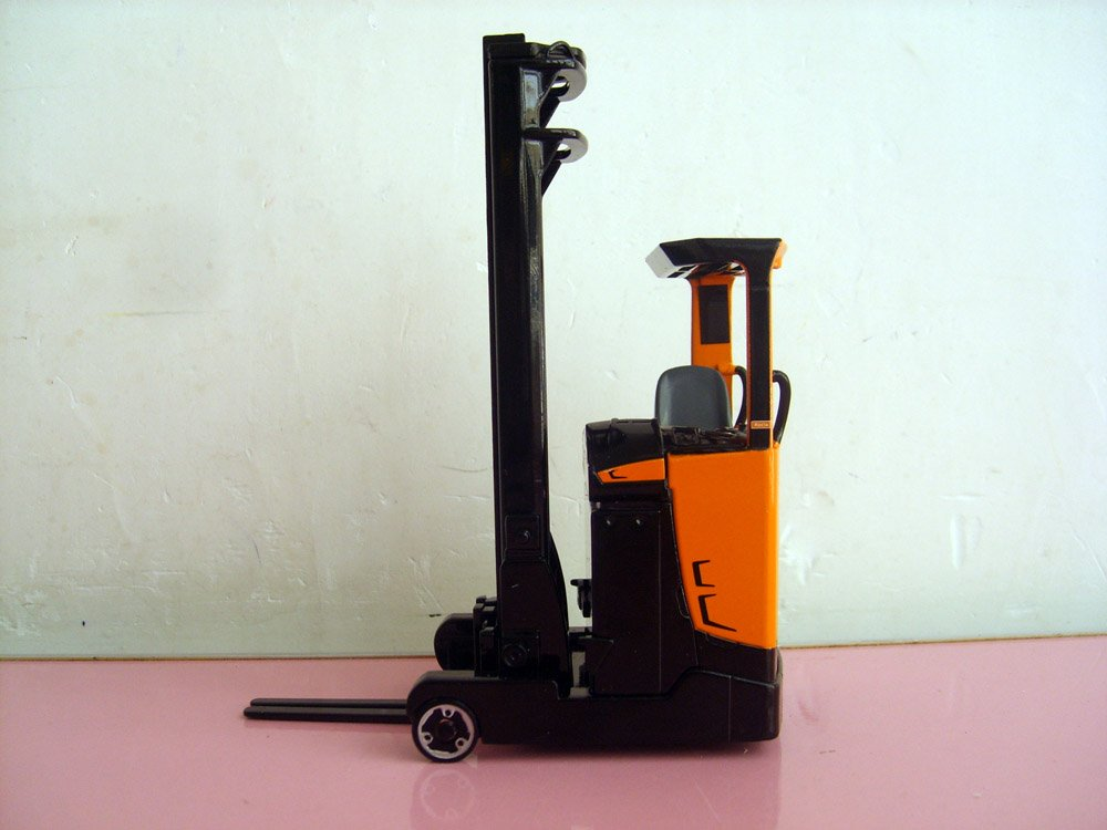 1:25 HUMANIC Reach Truck toy(China (Mainland))