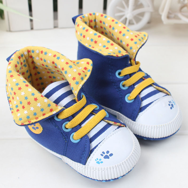 Fashion cartoon penguin baby shoes white girls a toddler boys prewalker baby soft sole shoes newborn 0 to 18 months(China (Mainland))