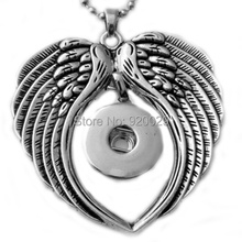 G00106 Snap Button Jewelry Pendant Angel Wing Necklace With Charm Chain Necklace Fit 18/20mm Rivca Snaps Necklace Jewelry Women (China (Mainland))