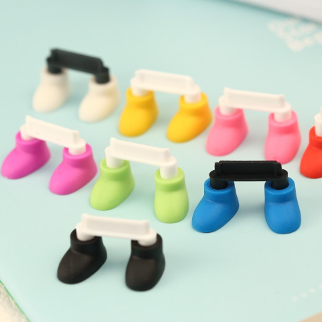 2014 Wholesale New Innovative Tiems Kawaii Shoes Dataporti Anti Dust Plug for Cell Phone/mini Usb Charge Holder Stand Bracket(China (Mainland))