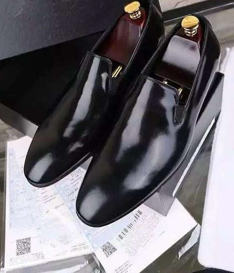 2015 Brand Men Shoes Style Slip-On Men shoes Soft Full Grain Leather Business Shoes Solid Black Pointed toe Dress Wedding shoes(China (Mainland))
