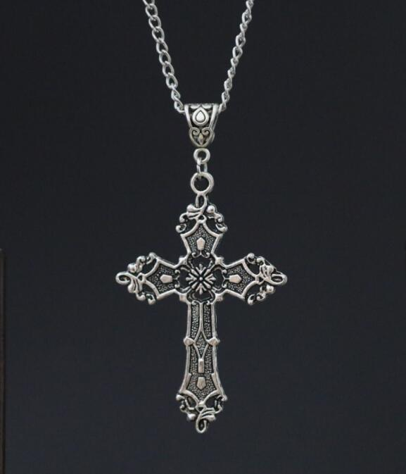 """Alloy Vintage Ancient Silver Cross Pendant 24"""" Chain Necklace - Gothic Charms ~ Religious Gift(China (Mainland))"""