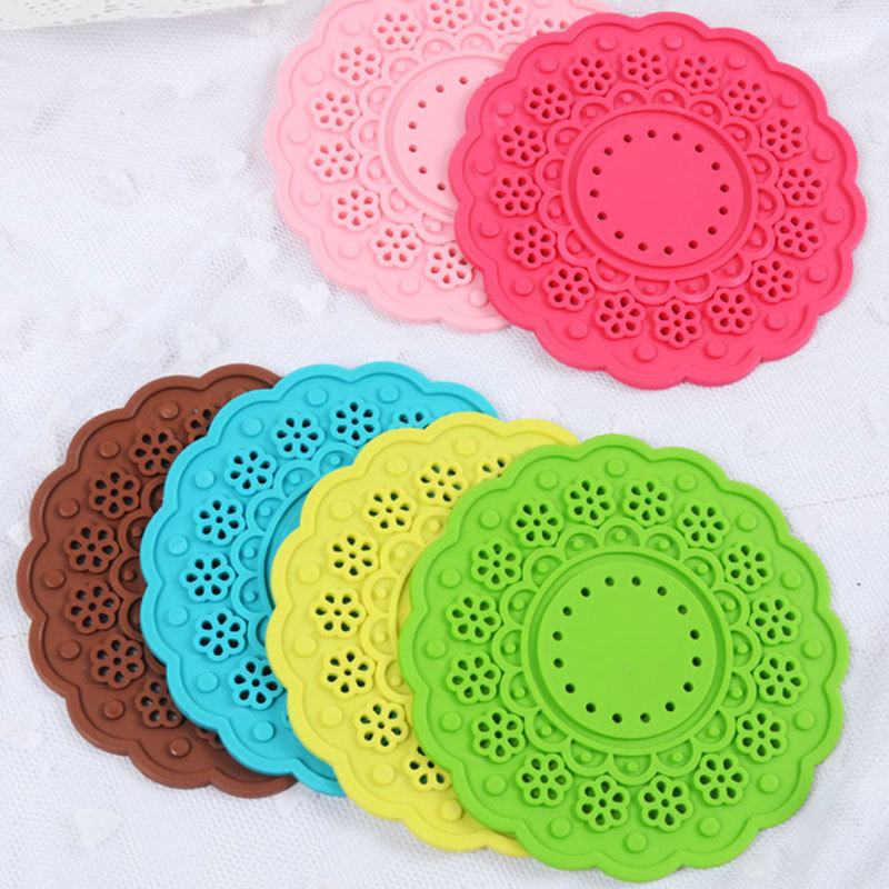 5 Pcs/set Creative Colorful Silicone Coaster Round Flower Shape Insulation Mat Home Office Hollow Cup Mat Kitchen Accessories(China (Mainland))