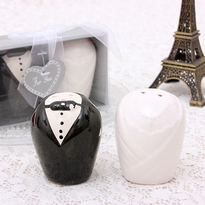 High Quality Wedding Souvenirs gift the bride and groom Ceramic salt pepper shaker 1 Pair(China (Mainland))