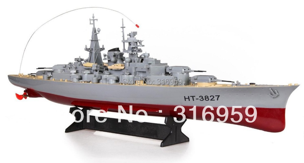 Modelo de barco de velocidad de la vendimia