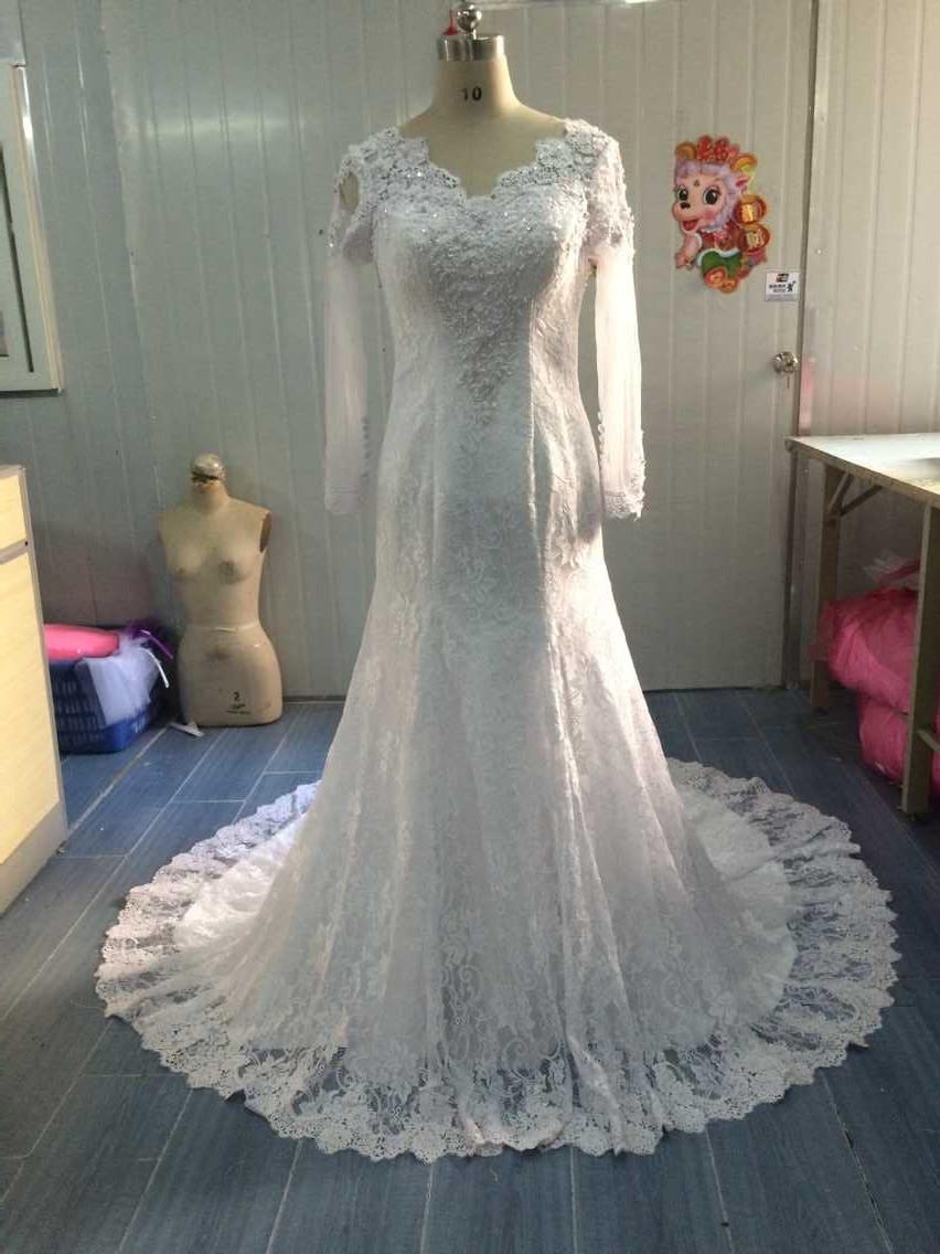 2016 V-Neck Court Train Button Full long Sleeves allure Wedding gowns Dresses With vestido de noiva com cauda(China (Mainland))