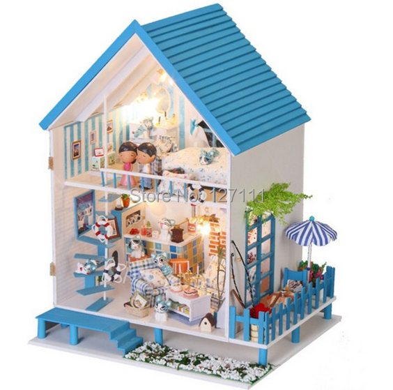 Free Shipping  DIY Model Assemble Villa Doll Home/ children toy Doll House/ Wooden Miniature Dollhouse casinha de boneca  <br><br>Aliexpress