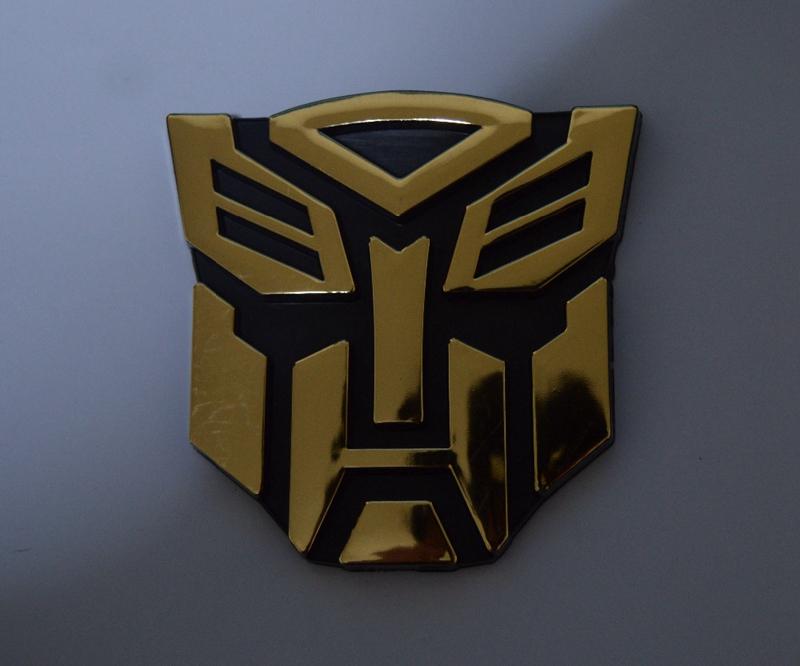 GOLD ABS 3D Logo Autobot Emblem Badge Sticker Decal Graphics Car(China (Mainland))