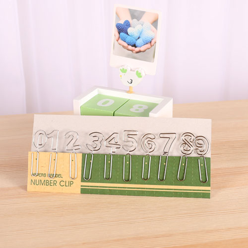 Full 28 shipping cute little fresh creative digital shape metal bookmark bookmark paperclip into 10(China (Mainland))