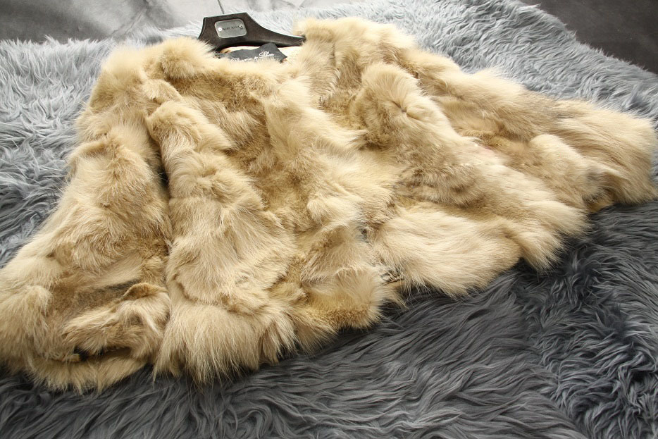 Free shipping New genuine Natural fox fur coat women s short design Luxury real fur font