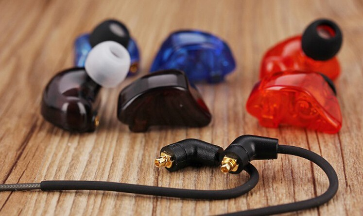 2015 3.14 Hifi sport Headphone Stereo Professional in-ear earphones high resolution headset for mp3  iPhone5 moxpad X3 piston