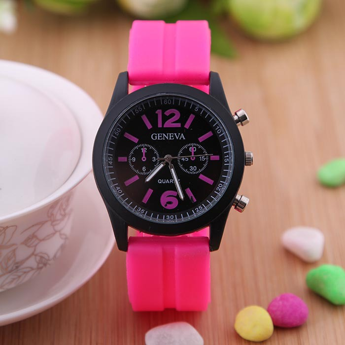 2014 Trendy Women Watch 7 Colors Casual Style Sport Wristwatches for Ladies and men watch Best Promotion Gift Free Shipping(China (Mainland))