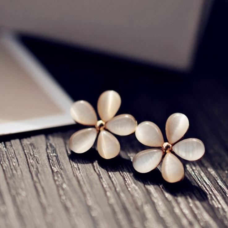 earrings for women Small clear autumn wild fashion opal earrings five flower earrings Korean jewelry wholesale(China (Mainland))