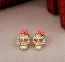 2016New Fashion Hot Sale Jewelry Women Trendy Full Skull Shape Stud Earrings With Pink Rose Decoration(China (Mainland))