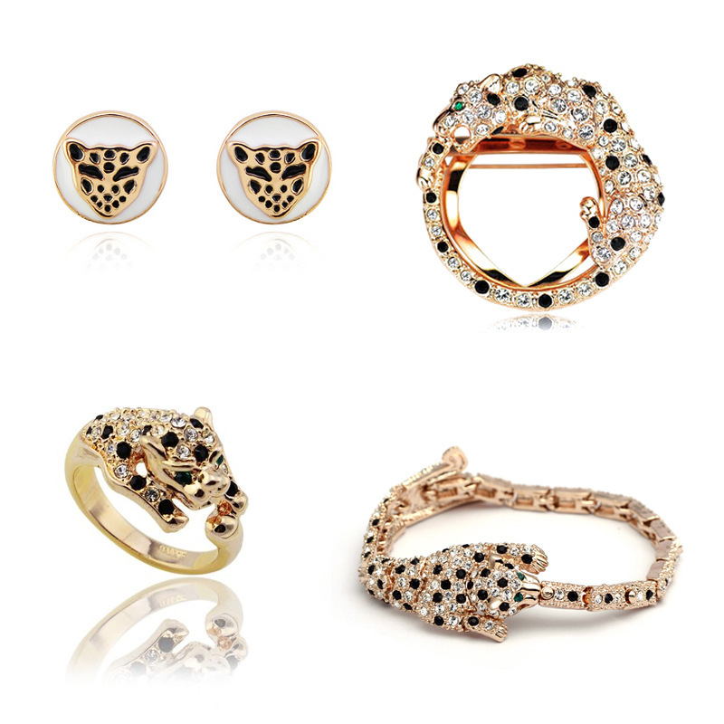 Здесь можно купить  Free shipping upscale European and American female leopard head leopard brooch earrings bracelets rings a family of four loaded  Ювелирные изделия и часы