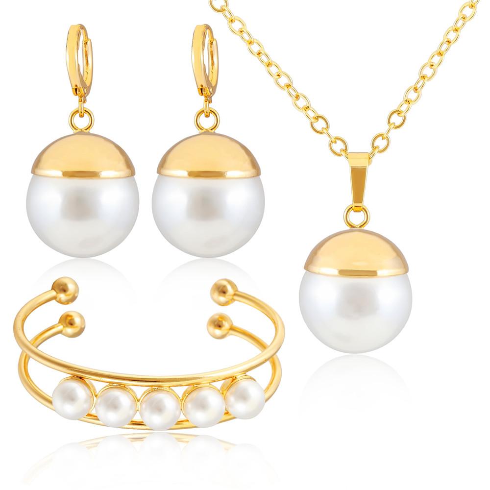 Model  Earring Designs For Women 2014  Indian Gold Earring Designs  Ladies
