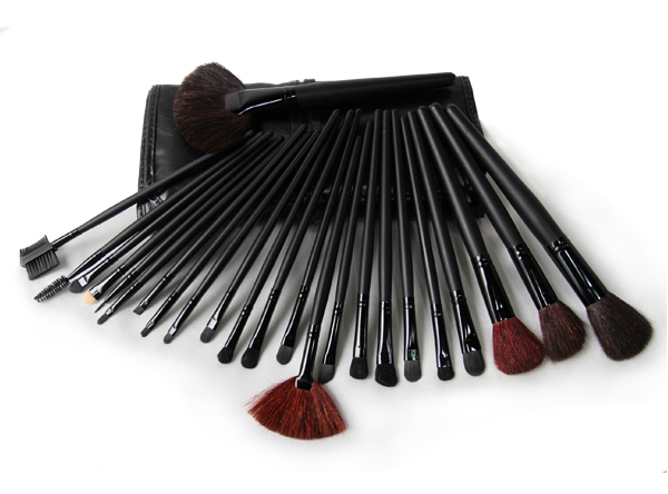 Hot Sale!24 pcs High Quality Professional Facial Goat Hair Makeup Brushes Set With Sexy Black Leather Organizer Belt Bag Kit