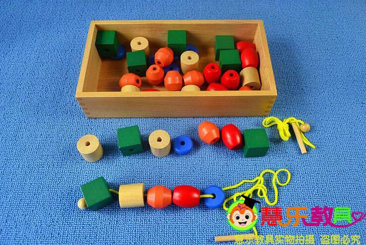 10 домашних игр от монтессори-педагога (для детей 2-4 лет) наблюдая за детьми, мария монтессори выделила несколько