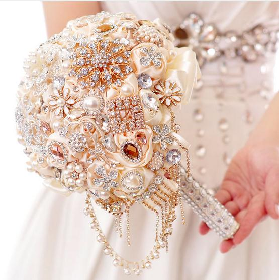Luxury Wedding Bouquet Flowers Crystals Beading Pearls Artificial Bridal Bouquet Silk Rose Flowers Garden Church Beach Wedding(China (Mainland))