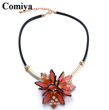Hot sale bijoux jewelry accessory summer style leather chain necklace acrylic imitation diamond flower shaped pendant necklaces
