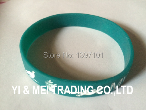 Cheap giveaways for all activities, customized silicone bracelet, plastic wristbands,rubber bracelet(China (Mainland))