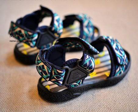 Смешанный цвет свободного покроя мальчики сандалии девочки обувь лето дети пляж обувь сопротивление скольжению дети сандалии