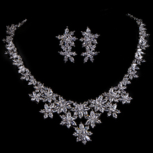 BELLA Luxury White Gold Plated Cluster Flower AAA+ Cubic Zirconia Diamond Bridal Jewelry Sets for Bride(China (Mainland))
