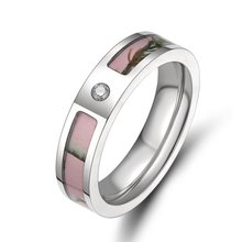 5mm Women's Pink Real Forest Tree Camo Titanium Wedding Ring with Small Cz Stone Size 5-9(China (Mainland))