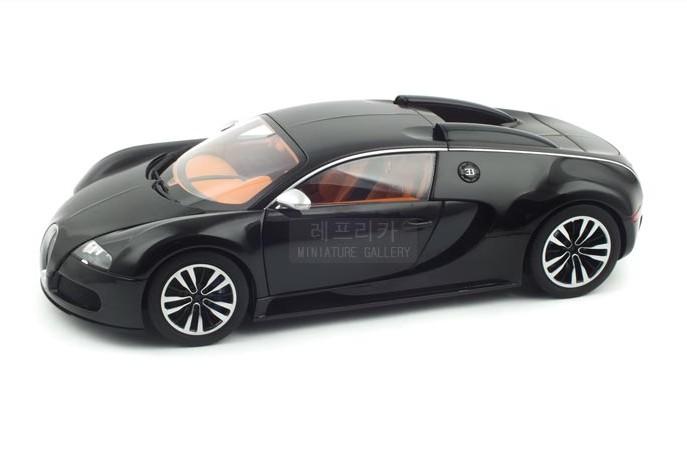 Absolutely beautiful Alto 1:18 Bugatti VEYRON carbon fiber black car model(China (Mainland))